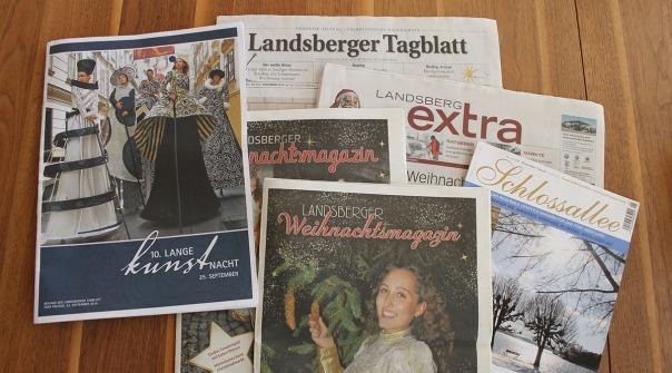 Magazine mit Veröffentlichungen von Ulrike Reschke, Beilage Kunstnacht , Landsberger Tagblatt, Landsberg extra, Schlossalllee Fünf-Seen-Land, Landsberger Weihnachtsmagazin